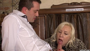Peevish french mature hard sodomized in a bar w cum 2 mouth