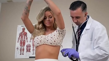 Going for health checkup d'bris in a fuck for this hot blonde