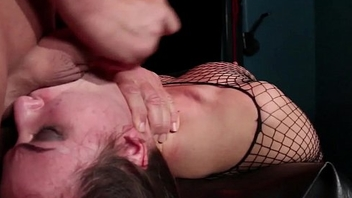 Dominated babe facefucked forth dungeon
