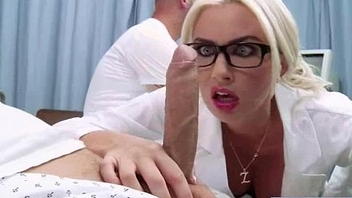 Superb Horny Patient (gigi allens) Get Sex Treat From Doctor video-13