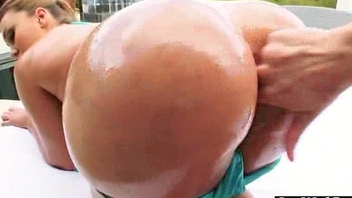 Obese Wet Oiled Irritant Girl (klara gold) Like Anal Hard Style Bang video-19