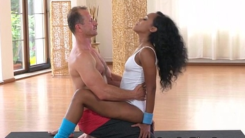 Big booty ebony babe fucks her transient up ahead gym
