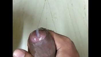Desi Indian Chennai tamil boy shagging and big cumshot